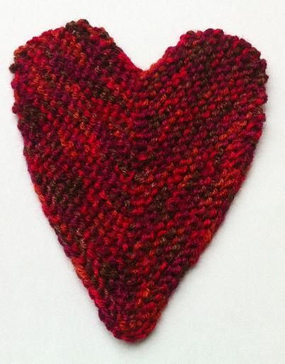 לב בשתי מסרגות